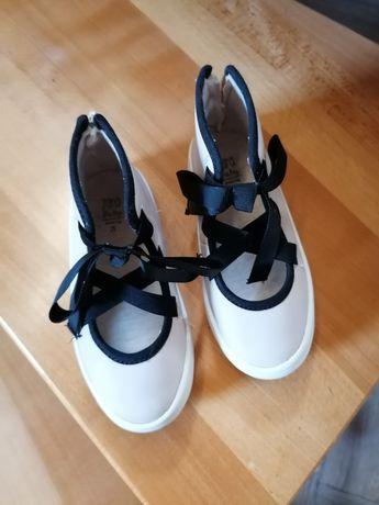 Zara buty