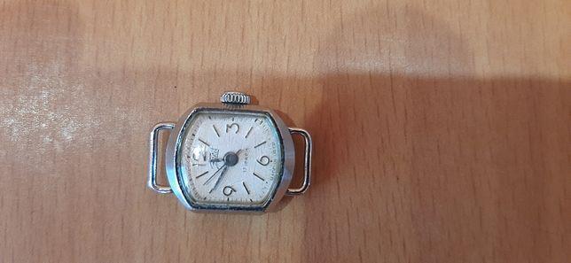 Часы Заря женские СССР,торг