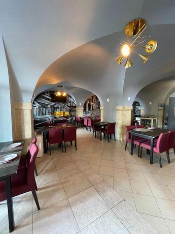 Restaurante em Alcantara, a 100 metros do novo Hospital CUF Tejo.