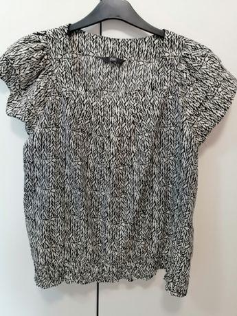 bluzka damska firmy F&F z krótkim falbankowym rękawem w rozmiarze 46