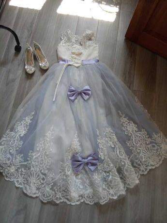 Нарядное пышное праздничное платье бальное платье 10-14 лет
