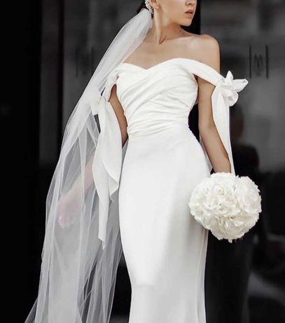 Свадебное платье Total White