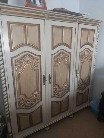 Roupeiro lacado 3 portas - novo preço