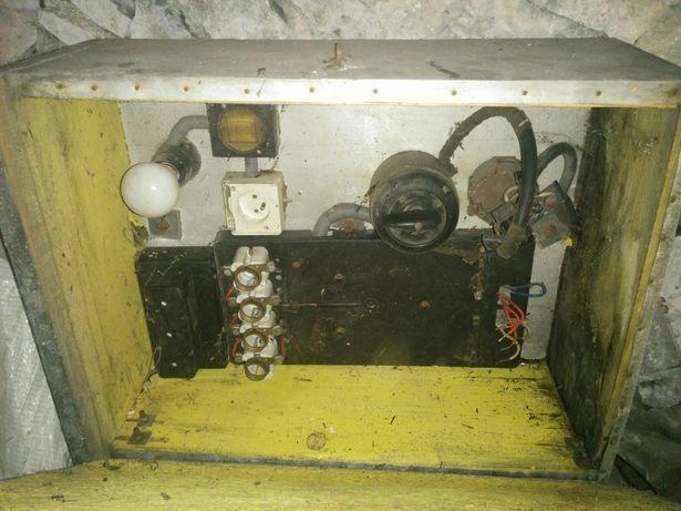 Skrzynka elektryczna z kablem 9m