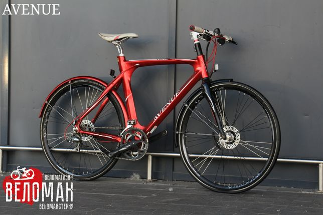 Гибридный велосипед Avenue XS 3000.
