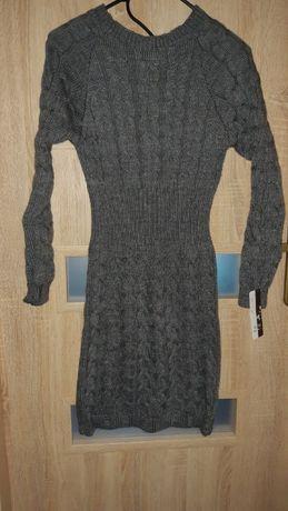 Nowa sukienka sweterkowa