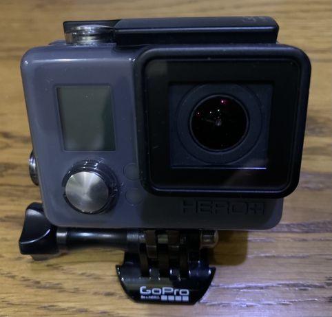 Продам екшн камеру GoPro