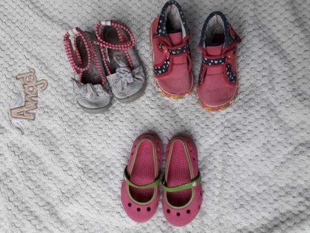 zestaw butów baleriny crocs gratis pantofle i baleriny befado r.24