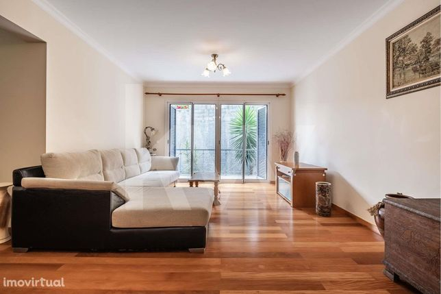 Apartamento T2 em zona agradável e tranquila de Santo António - Funcha
