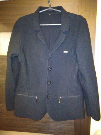 Кардиган, свитер, кофта 600 рублей