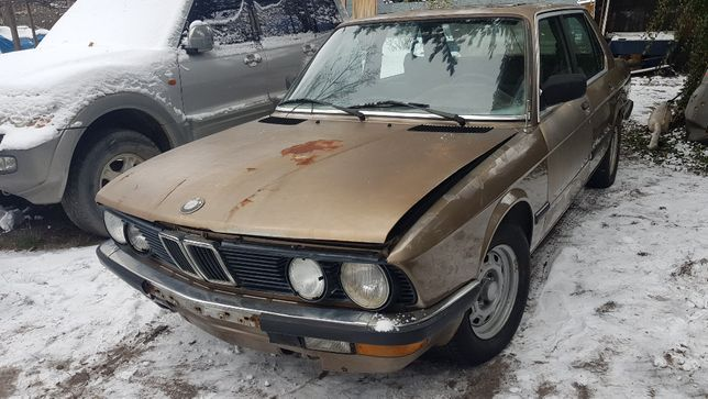 BMW e28 520i klima/tempomat/szyber/intensywne mycie/el.szyby lusterka