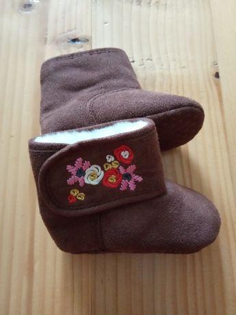 Теплі пінетки (сапожки, угги, пинетки) для дівчинки 0-6 міс