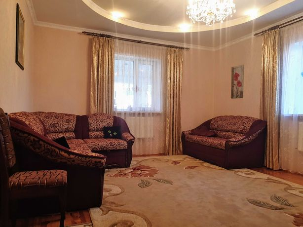 Хотите купить дом под Киевом? Центр Бучи 5 спален 12 сотокЮ