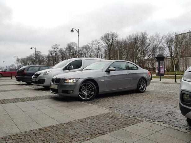 BMW E92 320i 2007 rok