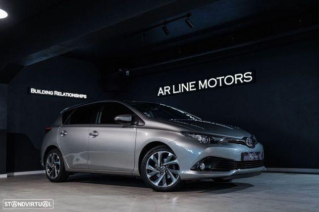 Toyota Auris 1.4 D-4D Com. +P.Sport+TSS
