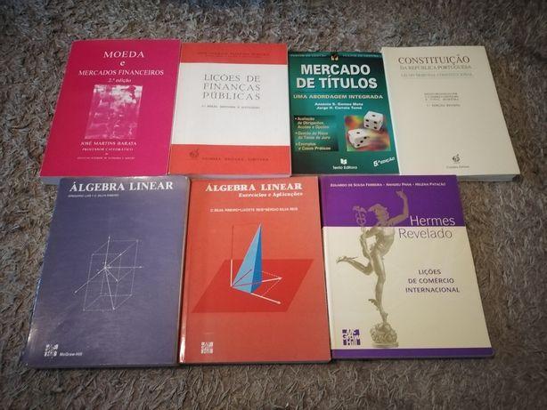 Livros de finanças álgebra e direito