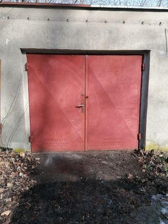 Sprzedam garaż na Os. Przyjaźni w Zielonej Górze