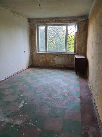 Продам 2-х к.квартиру без ремонта