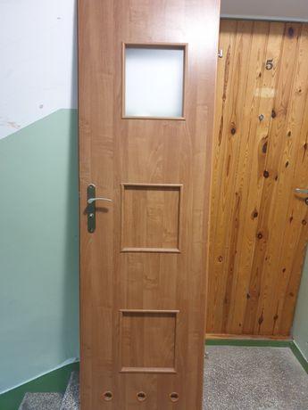 Drzwi łazienkowe lewe 60