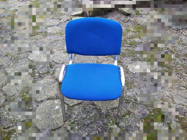 Krzesło biurowe niebieskie