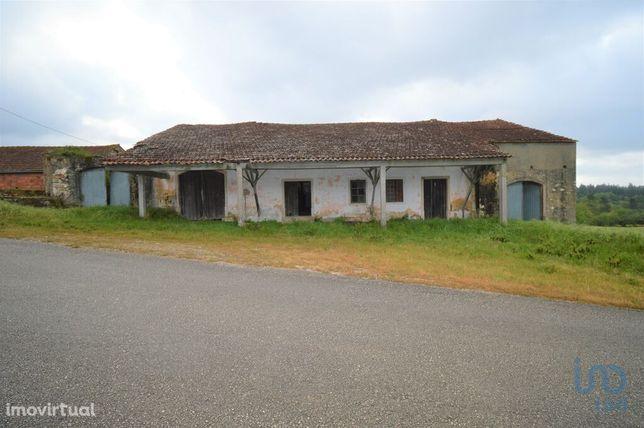 Loja - 180 m²