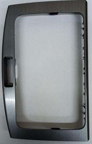 Рамка магнітоли для Passat b7