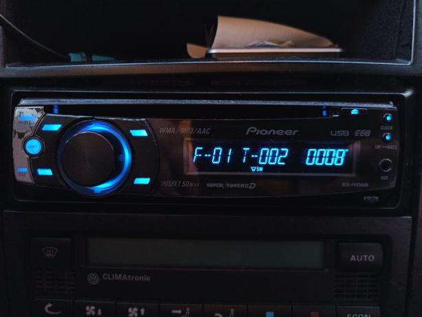 Pioneer DEH - P4050UB 3 пары rca
