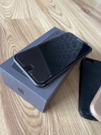 iPhone 8 64GB black gwiezdna szarość