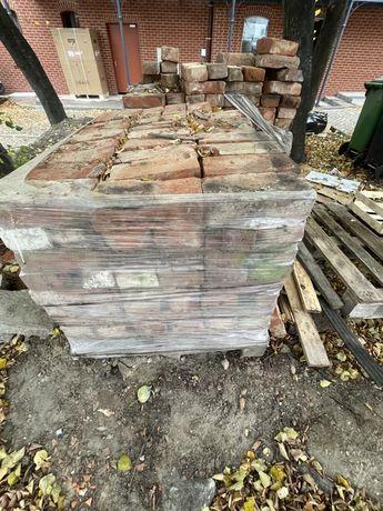 Cegły całe - 2 palety rozbiorkowe