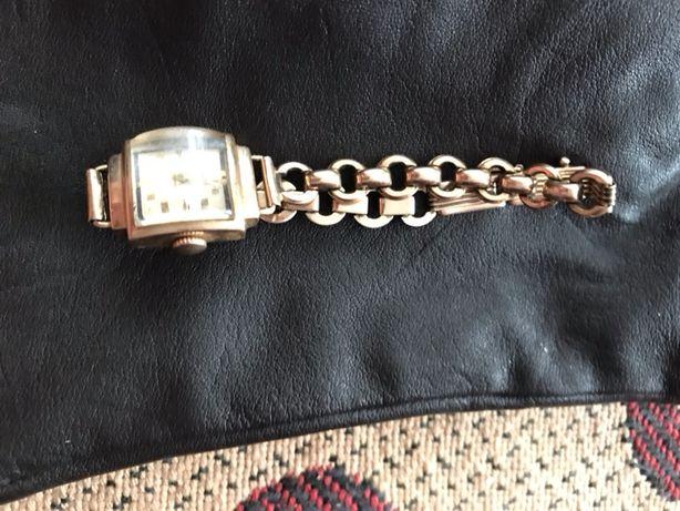 Золотые часы Заря 50 годов