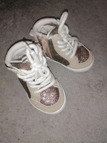Buty dla dziewczynki sneakersy h&m 21