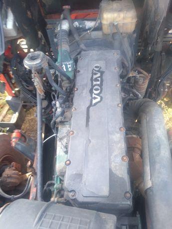 silnik volvo fh D12A380