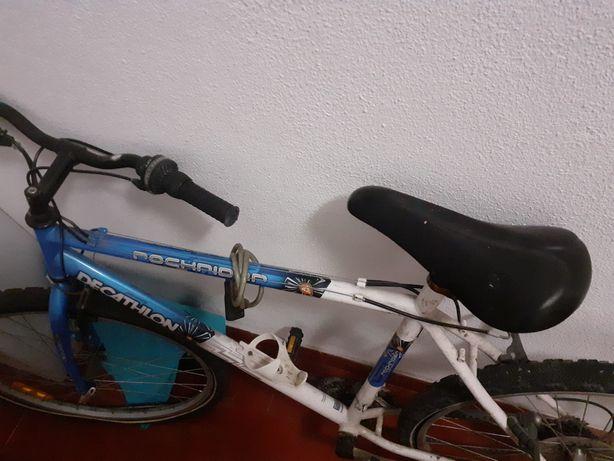 Bicicleta de cidade usada