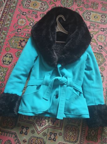 Жіноча куртка зимова