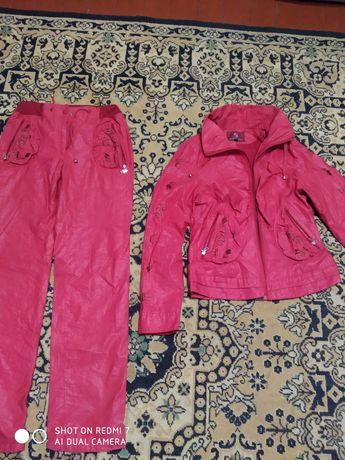 Костюм , куртка и штаны женский