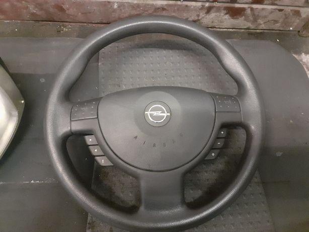 Opel corsa c combo kierownica