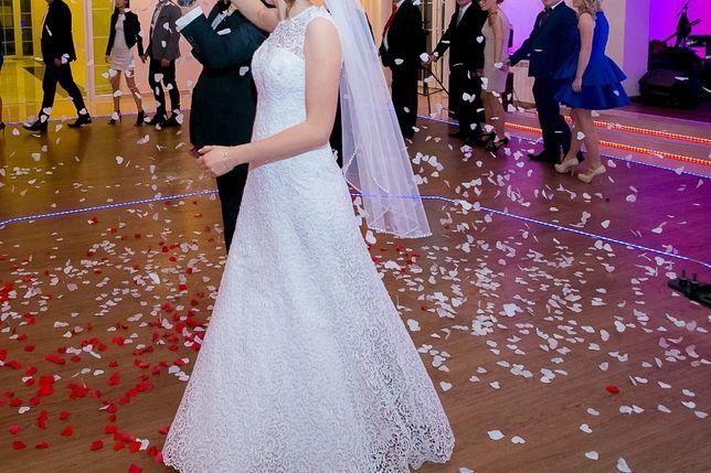 Suknia ślubna z gipiury