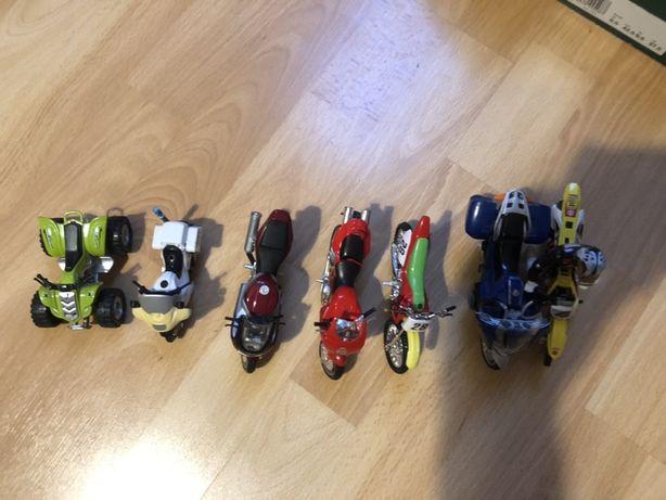 Zabawki motocykle ducati, yamaha, suzuki i inne plus figurka