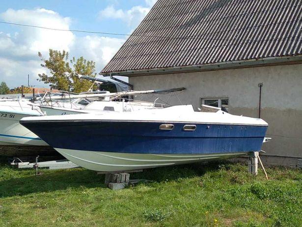 Cranchi c8 sport 8.2m łódz kabinowa, motorówka