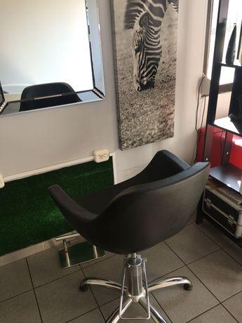 Salon fryzjerski stanowisko podnajme