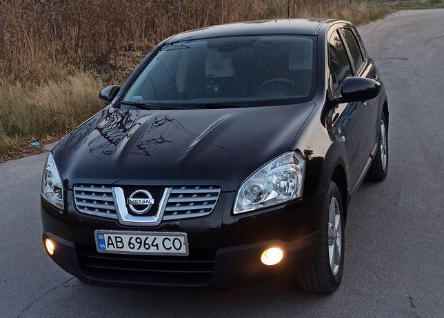 Автомобиль Nissana Qashqai