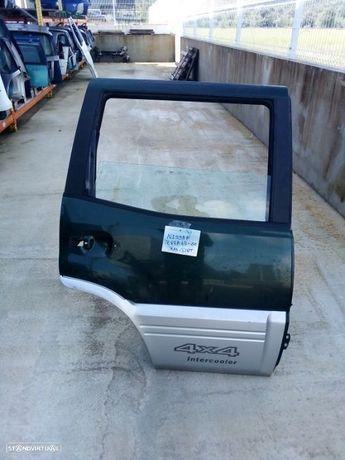 Porta tras direita Nissan Terrano 2003