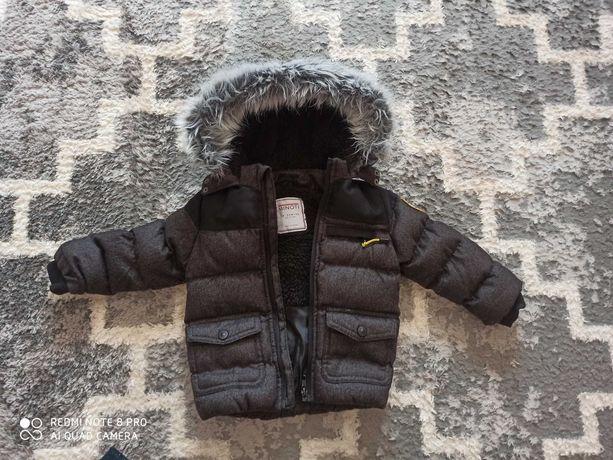 Ciepła kurta zimowa.  Rozmiar 80-86. Kupione w 5-10-15. Jak nowa