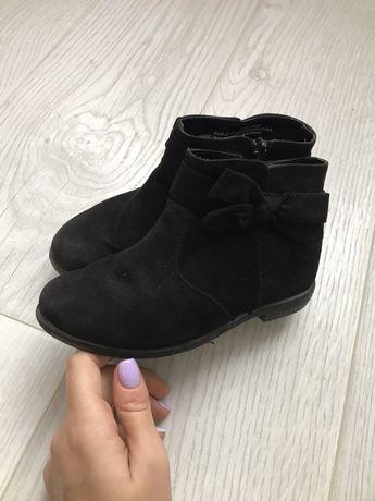 Демісезонні черевички на дівчинку від H&M
