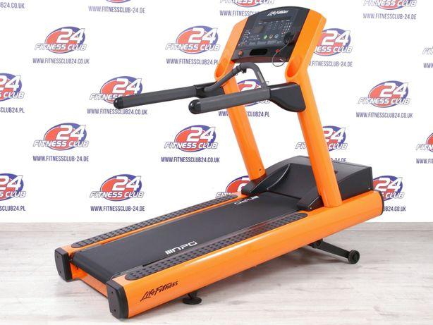 Zregenerowana Bieżnia Life Fitness 95Ti Integrity w dowolnym kolorze!