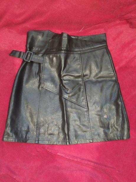 Кожаная юбка чёрная
