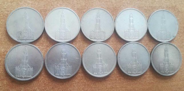 Monety srebrne zestaw 10 szt 5 marek 1934 i 35 rok. Kościół piękne