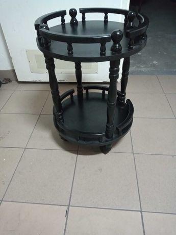 Stolik okrągły na kółkach