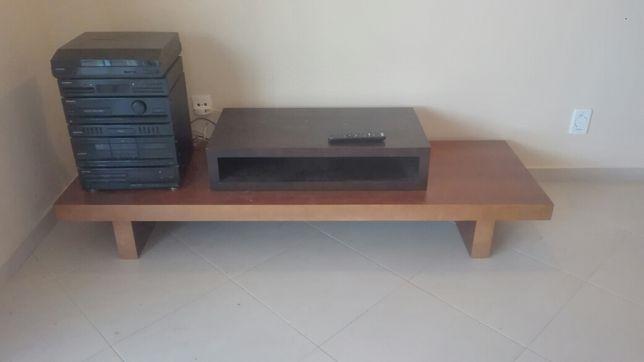 BAIXA DE PREÇO: Móvel de TV/Aparador madeira maciça