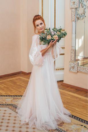 Продам свадебное /выпускное платье в стиле Бохо
